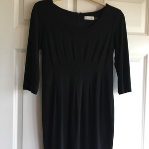 Super cute black dress!